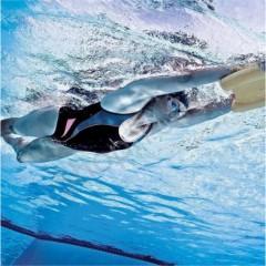 Скорость плавания на ногах определяет базовую скорость